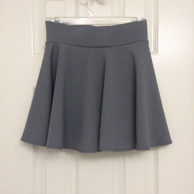High-waisted Grey Skirt