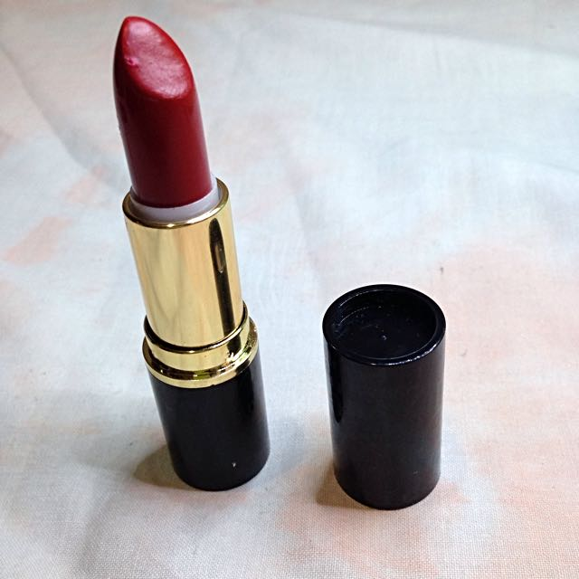 Nichido Glam Red Lippie