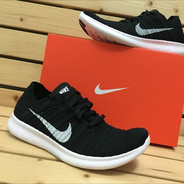 Nike Flyknit Free Rn 黑白