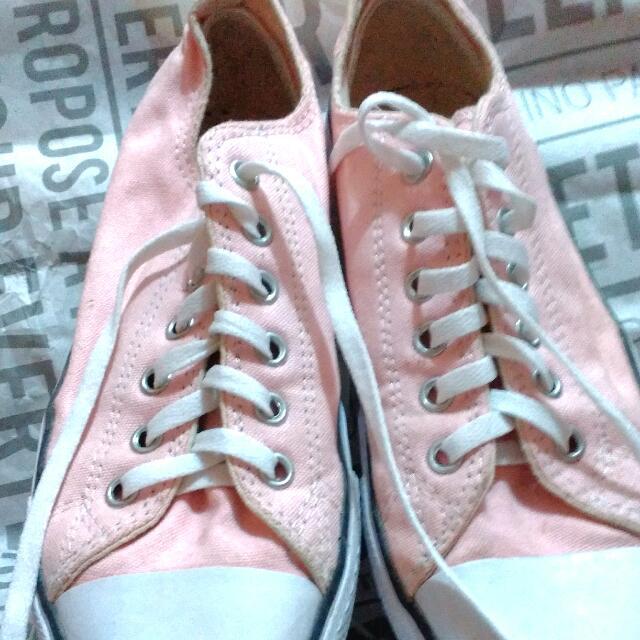 Sepatu Converse Made In Indonesia