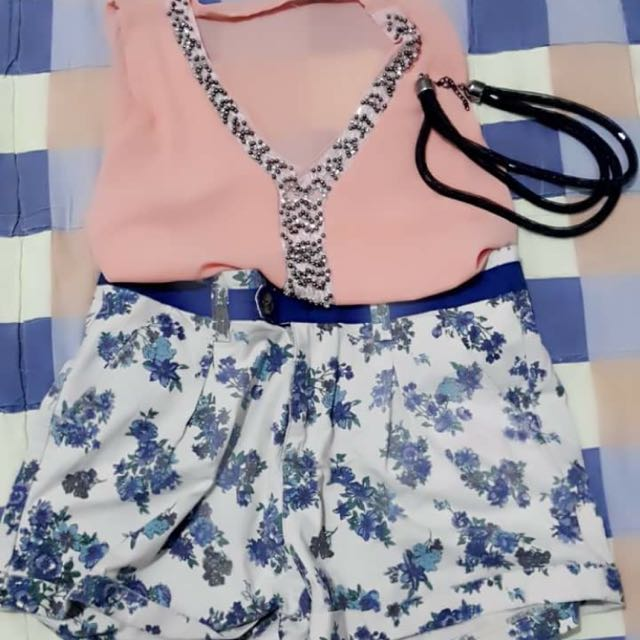 Sleeveless And Floral Shorts