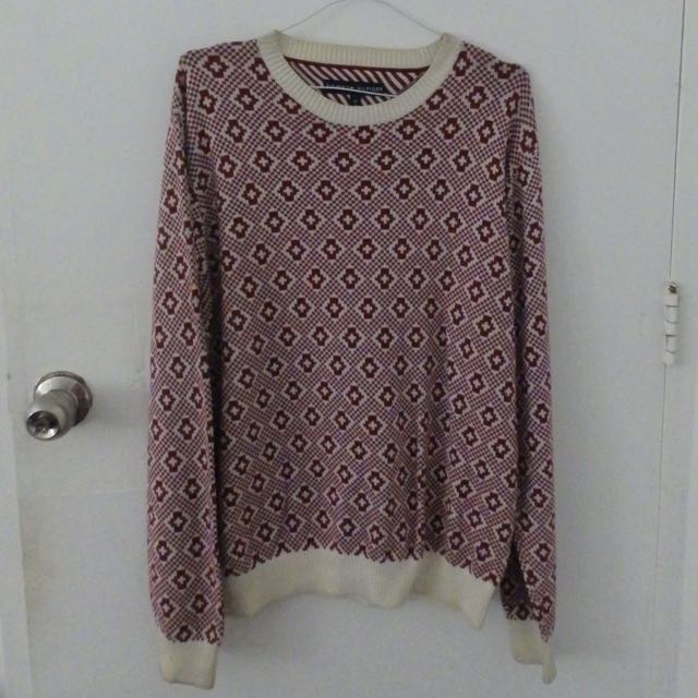 Tommy Hilfiger Maroon Sweater