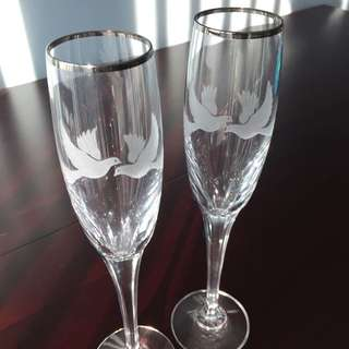 Mikasa Crystal Champagne Flutes