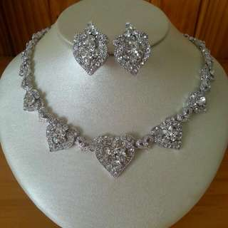 Boutique Silver Heart Necklace & Earrings Jewellery Set Weddings Formal
