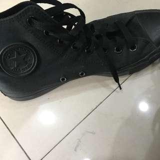 Converse 帆布鞋 8.5