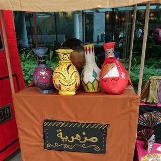 Prop Vase Stand