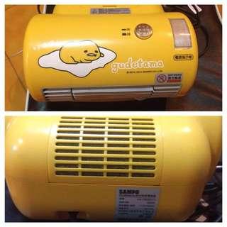 蛋黃哥小暖氣機