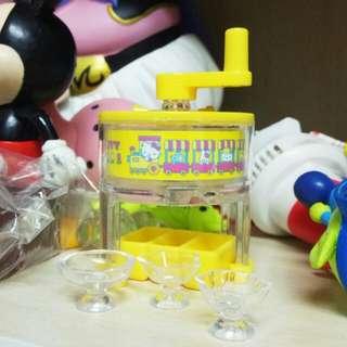 三麗鷗 Hello Kitty 迷你刨冰機 扭蛋 公仔