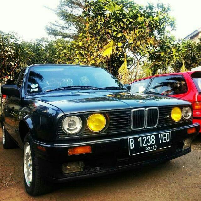 BMW E30 1990 MT