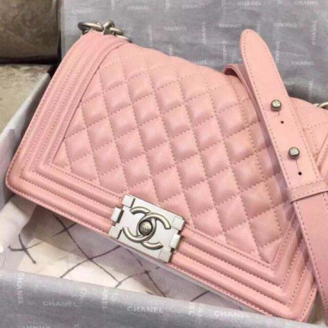 Chanel Le Boy Bag Quilted Light Baby Pink With Silver Hardware