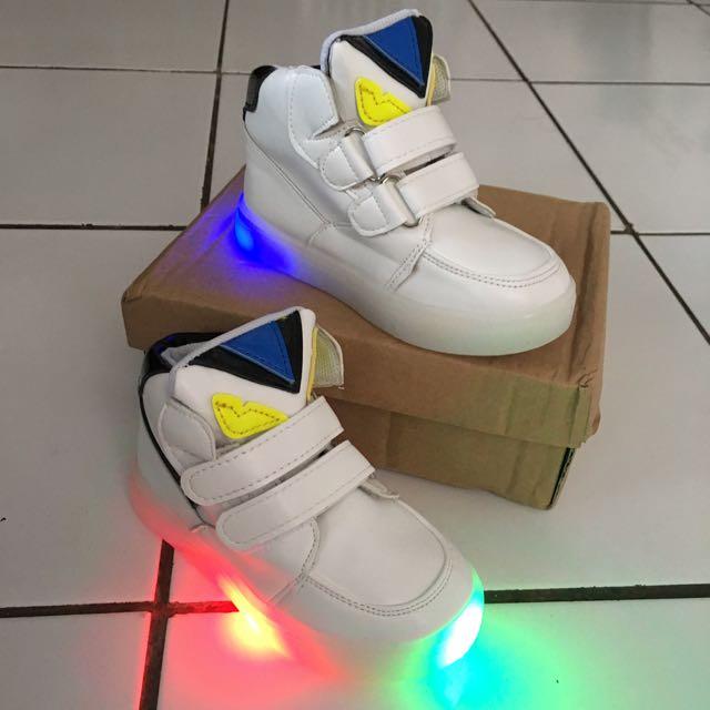 Fendi Shoes Kids Led Size 25