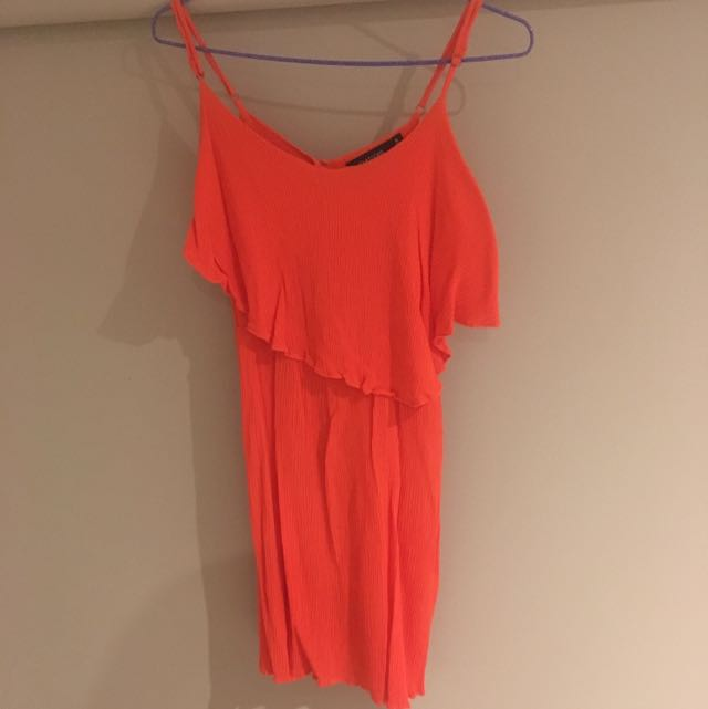 Glassons dress sz 6