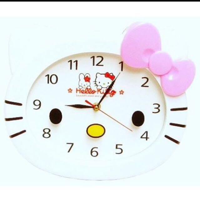 hello kityy wall clock
