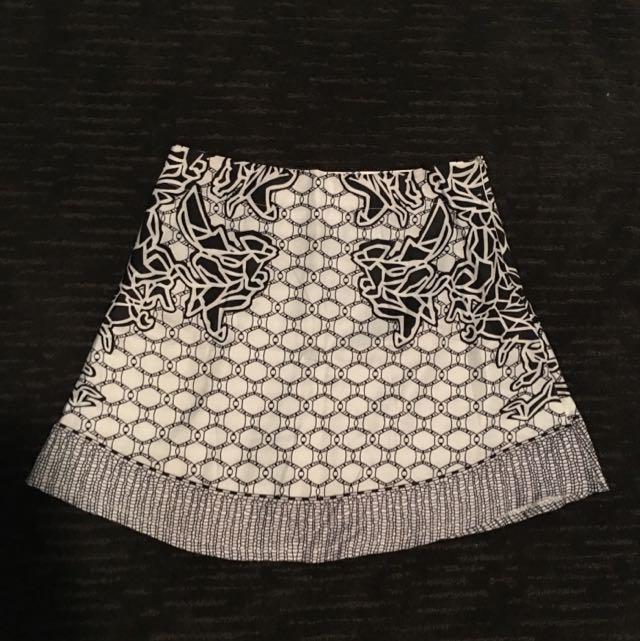 Pattern Imitation silk Skirt
