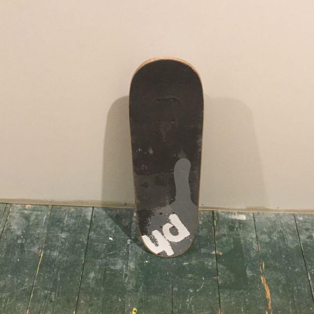 Piping Hot Skateboard