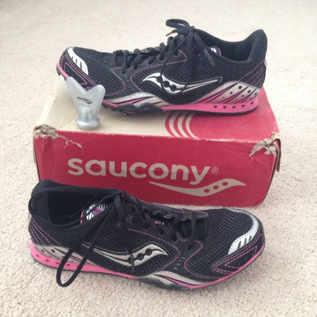 Saucony Spike Mid Distance Shoes