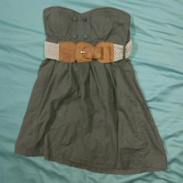 Simons Dress Size: M