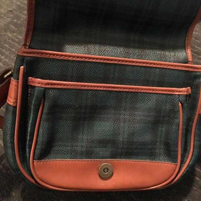 Vintage Cross Shoulder Bag