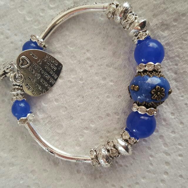 Womens Fashion Silver Plated Love Heart Charm Bracelet