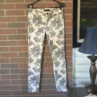 Rose Printed Guess Jeans