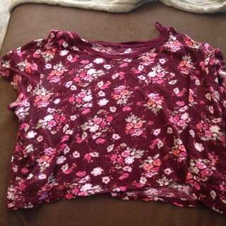 Aeropostale Size Medium Crop Top
