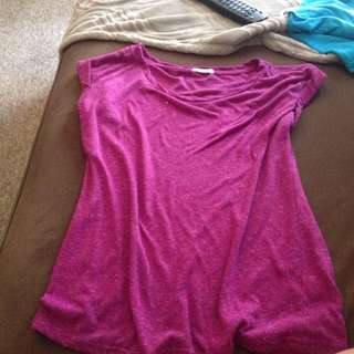 Size Small Tee Shirt From Ardene