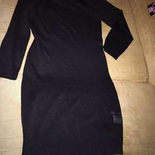 BNWT Unworn Size (small) Body hugging Knit Mini Dress Or Tunic