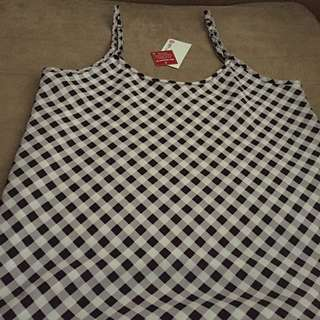 BNWT Size 6-8 Summer Singlet Checked