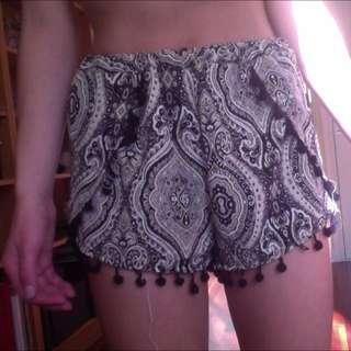 Hippie Festival Pom Pom Shorts