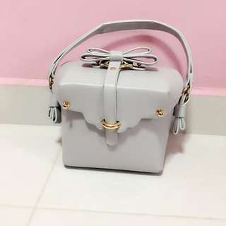 *Brand New* Cute Boxy Bag