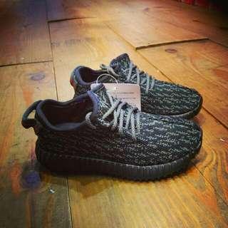 ADIDSS YEEZY BOOST 350 黑 童鞋