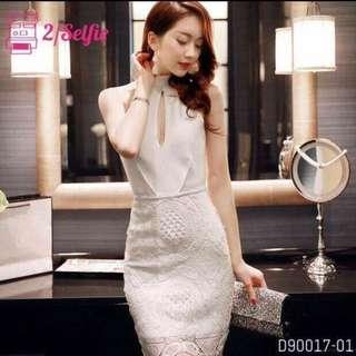 蕾絲削肩露胸白色彈性洋裝婚禮