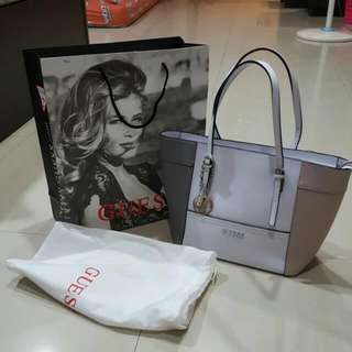NEW GUESS Medium Tote Bag