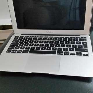 """Mac Book Air 11"""""""