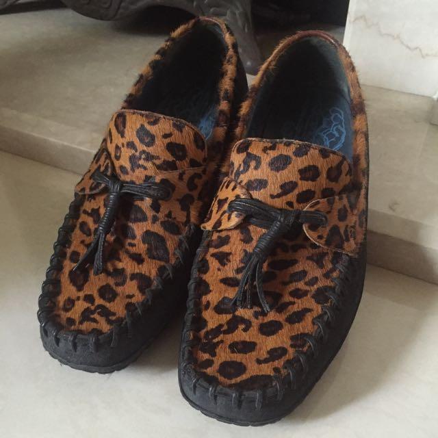 麥坎納氣墊鞋,豹紋鞋面,馬毛樂福帆船鞋
