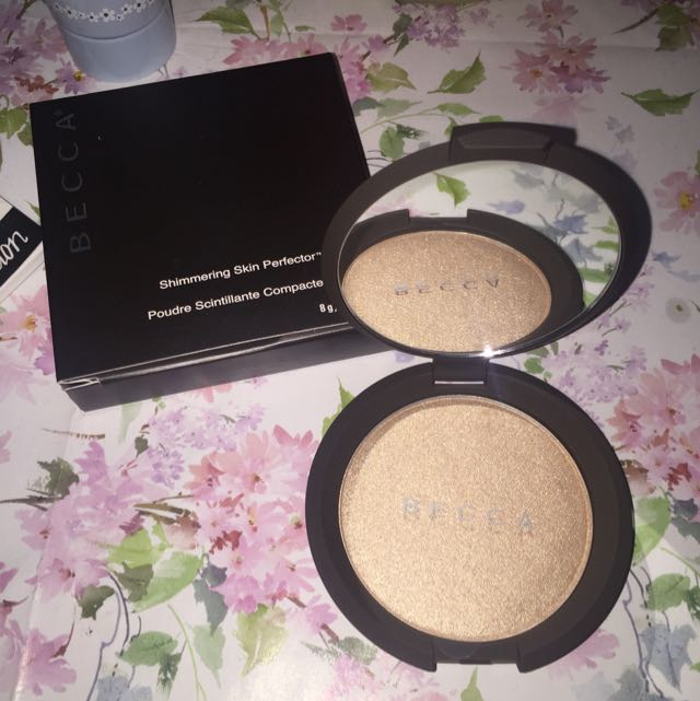 BECCA HIGHLIGHT IN OPAL