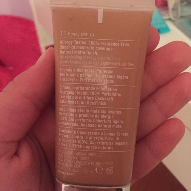 Clinique stay matte foundation