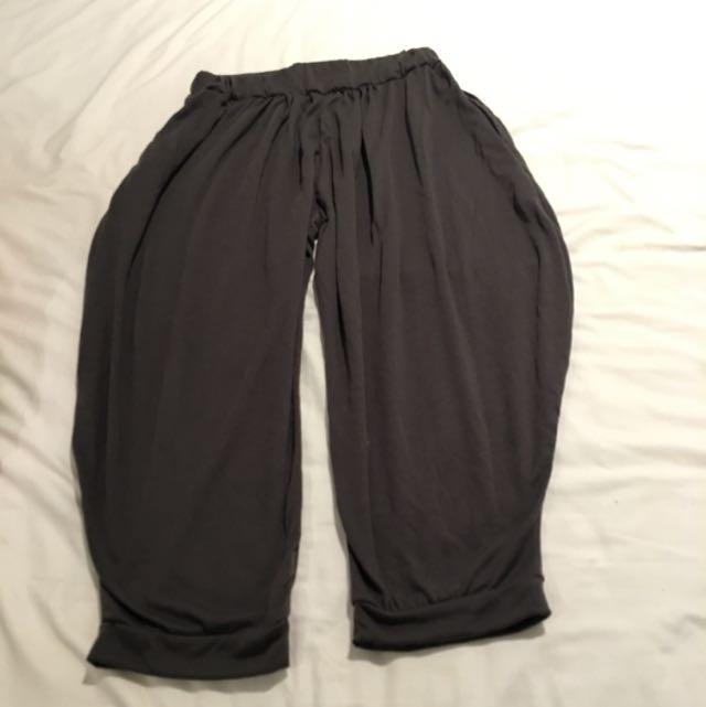 Dark Brown Loose Crop Pants