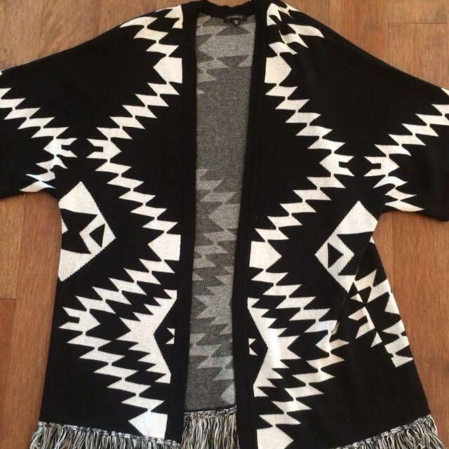 Dynamite Sweater Size M/L