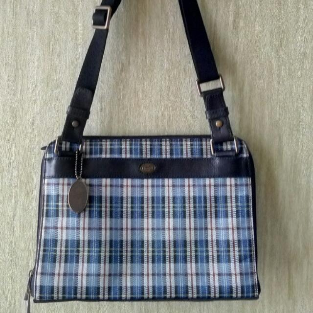 Repriced!! Fossil Estate Tech Mess Plaid Messenger (Preloved Like New)