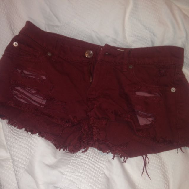 Garage burgundy/maroon shorts size 00