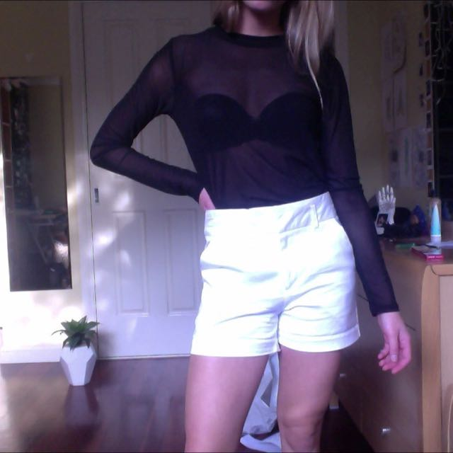 Glassons White Shorts Size 6