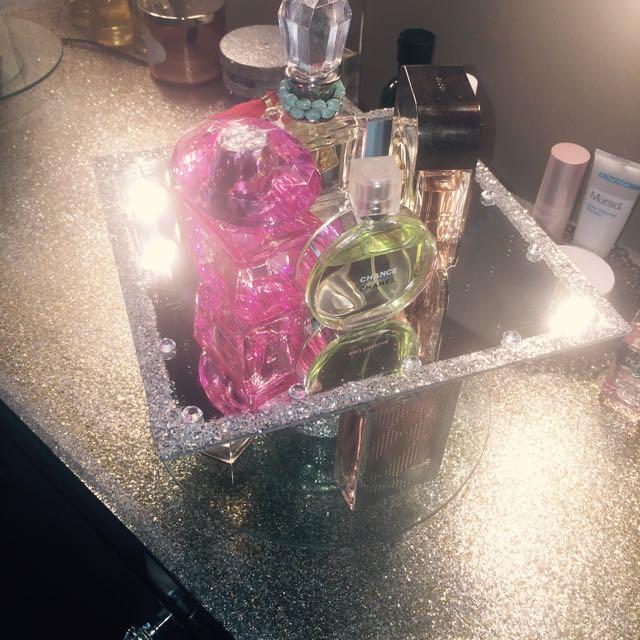 Perfume Holder