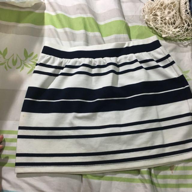 Lovfee短裙