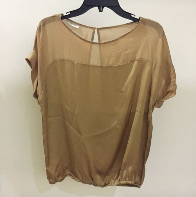 Pull And bear GOLD Top