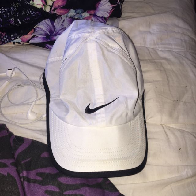 White Nike Dri-fit Hat