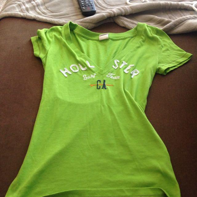 Xs Hollister V Neck Tee Shirt