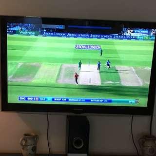 SAMSUNG 52 inch  Flat Screen Tv