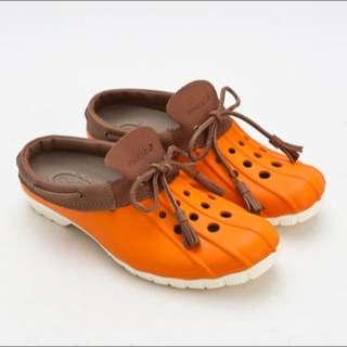(男/女)Ponic&Co美國加州 防水洞洞半包式拖鞋
