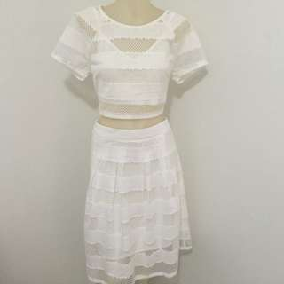 Brand New With tag size 8 dotti Mesh Crop Top And Matching Mesh Midi Skirt